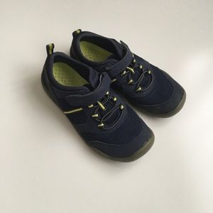 LANDS' END Size 3 Water Shoes Blue Yellow